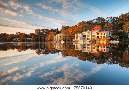 Lakefront Town Houses Lake Anne Reston Virginia