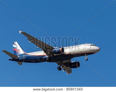 Airplane Airbus A320, V. Vereshchagin