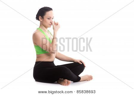 Alternate Nostril Breathing In Yoga Sukhasana Pose