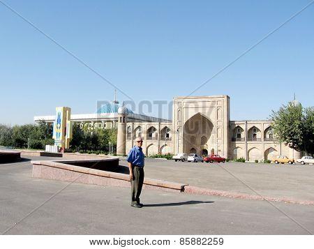 Tashkent The Almazar Madrassah 2007