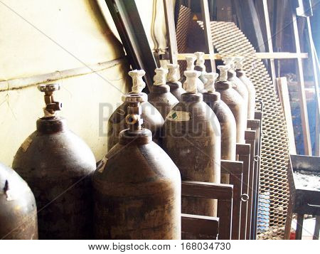 cylinders for gas welding acetylene,variety of compressed gases