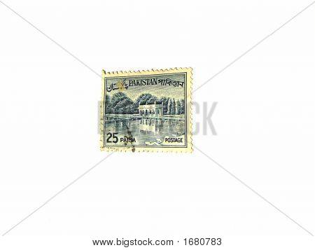 Old Postal Stamp Of Pakistan 25 Paisa - Sixties