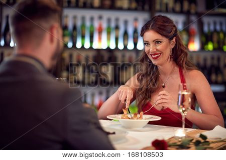 Girlfriend have gala dinner with boyfriend