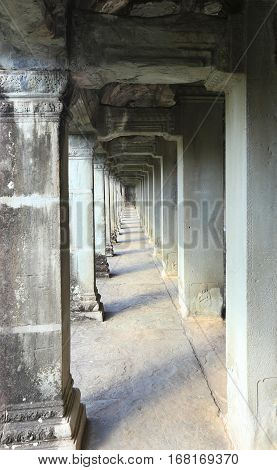Passage With Columns