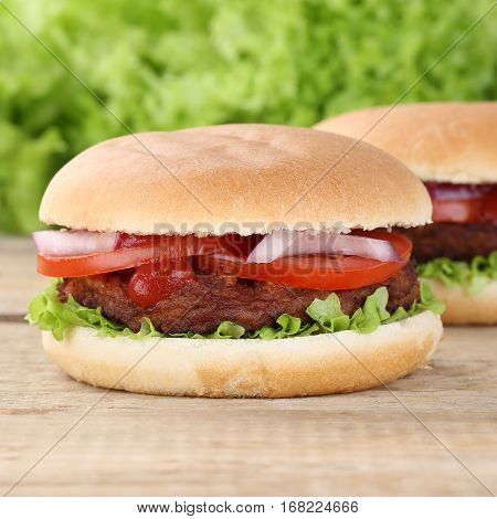 Hamburger With Tomatoes