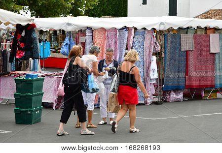 Ars en Re France - september 26 2016 : the picturesque market in autumn