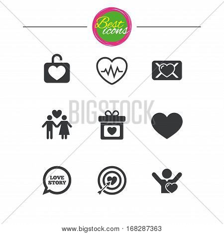 Love, valentine day icons. Target with heart, oath letter and locker symbols. Couple lovers, heartbeat signs. Classic simple flat icons. Vector