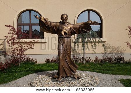 ZAGREB, CROATIA - APRIL 04: Saint Francis of Assisi statue in front of St. Leopold Mandic church in Zagreb, Croatia on April 04, 2016.