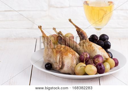 Quails Baked With Grapes
