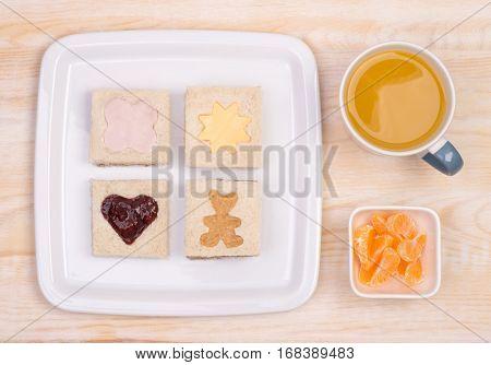 Cute window sandwiches for kids