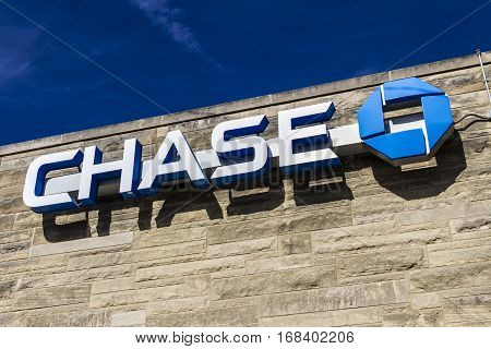 Lafayette - Circa February 2017: Chase Bank Retail Location. Chase is the U.S. Consumer and Commercial Banking Business of JPMorgan Chase VII