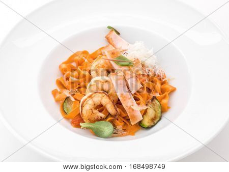 Delicious pasta with shrimps, herbs and eggplant