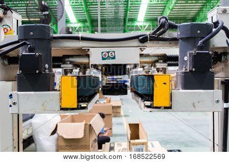 The Strapping machine, Semi - Auto Strapping machine