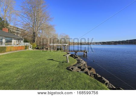 Warm And Bright Waterfront Home With Large Deck