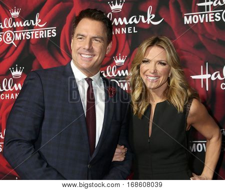 LOS ANGELES - JAN 14:  Mark Steines, Debbie Matenopoulos at the Hallmark TCA Winter 2017 Party at Rose Parade Tournament House  on January 14, 2017 in Pasadena, CA