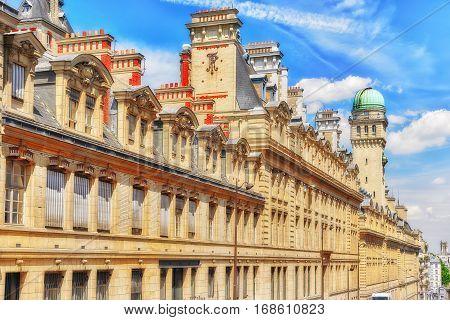University Of Paris (universite De Paris), Metonymically Known As The Sorbonne , Was A University In