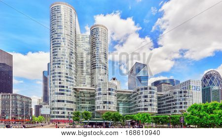 Paris, France - July 06, 2016 :la Defense, Business Quarter With Businessmen In The Streets, Area Of
