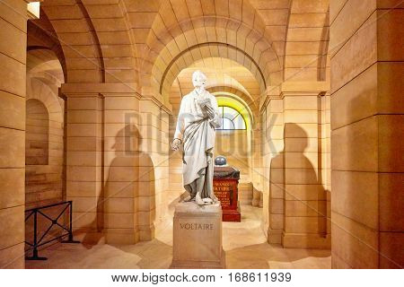 Paris, France - July 05, 2016 : Statue Of The Great French Writer - Voltaire In The Basement Near Th