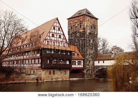 Beautiful views Henkerhaus (building of the executioner) and the bridge.