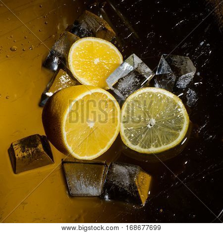 Freshness and cristal cube of ice for preparation of
