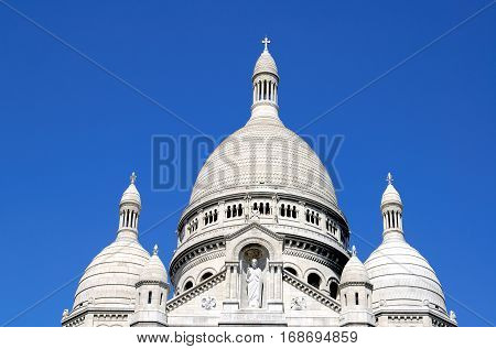 The white church Sacre-Coeur in Montmartre, Paris, France.