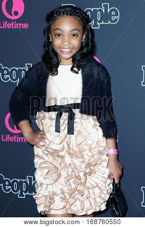 LOS ANGELES - DEC 13:  Sanai Victoria at the