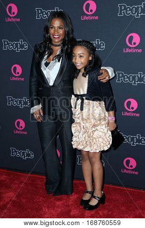 LOS ANGELES - DEC 13:  Nia Long, Sanai Victoria at the