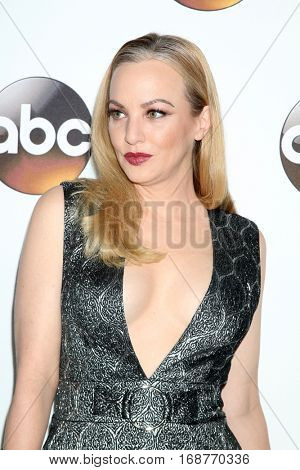 LOS ANGELES - JAN 10:  Wendi McLendon-Covey at the Disney/ABC TV TCA Winter 2017 Party at Langham Hotel on January 10, 2017 in Pasadena, CA