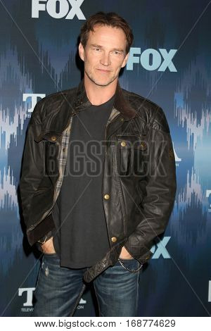 LOS ANGELES - JAN 11:  Stephen Moyer at the FOX TV TCA Winter 2017 All-Star Party at Langham Hotel on January 11, 2017 in Pasadena, CA