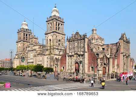 MEXICO CITY,MEXICO - DECEMBER 25,2016 : The Mexico City Metropolitan Cathedral