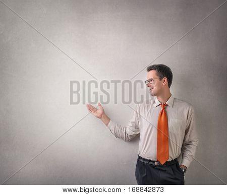 Businessman explaining the concept