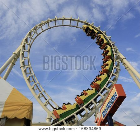 roller coaster ride going upside down on looping incline