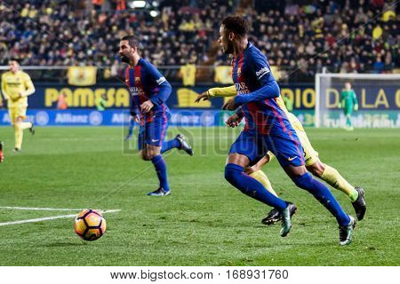 VILLARREAL, SPAIN - JANUARY 8: Neymar with ball during La Liga soccer match between Villarreal CF and FC Barcelona at Estadio de la Ceramica on January 8, 2016 in Villarreal, Spain