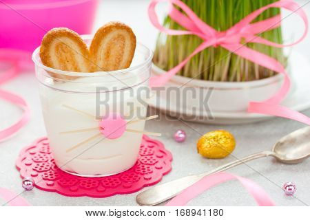 Easter bunny dessert cream in glass funny idea for Easter treats for kids Easter recipe
