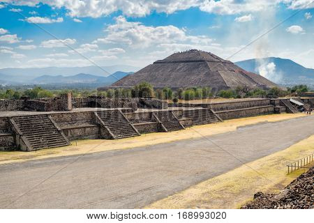 The Pyramid of the Sun and the Avenue of the Dead at Teotihuacan, a major archaelogical site near Mexico City