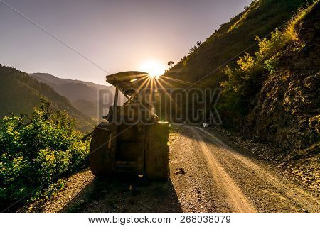 Photo Of Sunset In Himalayas Tehri Garhwal, Uttrakhand