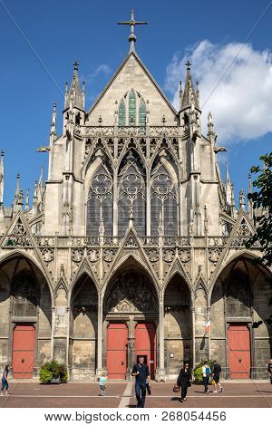 Troyes, France - August 31, 2018:  Basilique Saint-urbain, 13th Century Gothic Church In Troyes, Fra