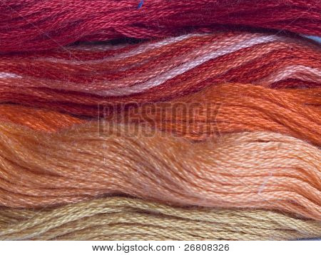 red yarns background