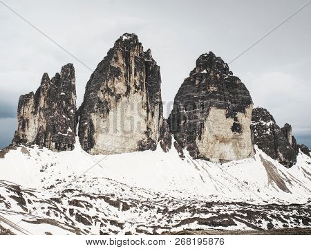 Spring Panorama View To Three Peaks - Tre Cime Di Lavaredo Massive Rock, Sexten Dolomites, South Tyr