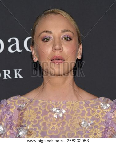 LOS ANGELES - OCT 22:  Kaley Cuoco arrives to the 'InStyle Awards' 2018  on October 22, 2018 in Hollywood, CA