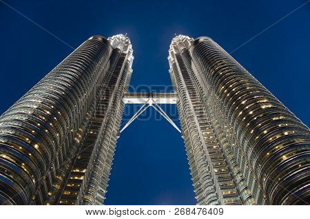 Kuala Lumpur, Malaysia - November 26, 2010: The Petrona Towers Designed By Argentine Architect Cesar