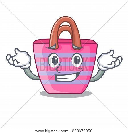 Grinning Beach Picnic Bag On Character Shape