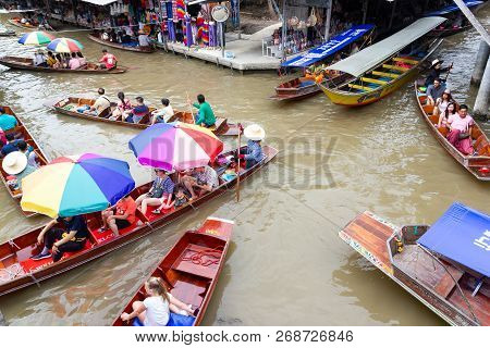 Damnoen Saduak Floating Market, Thailand:- August 10, 2018:- This Is A Floating Market In Thailand A