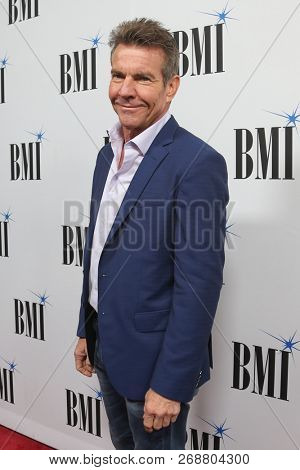 NASHVILLE, TN - NOV 13: Dennis Quaid attends the BMI Country Awards 2018 at BMI Nashville on November 13, 2018 in Nashville, Tennessee.