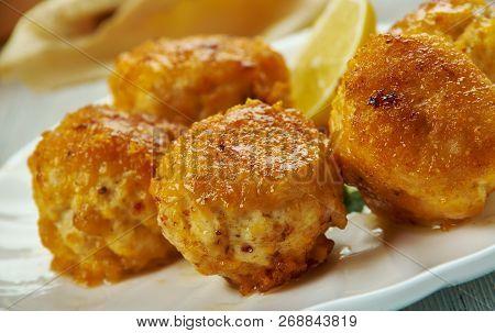 Creole Chicken Artichoke Balls