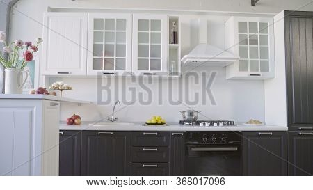 Modern Fully Fitted Kitchen With Kitchen Appliances In Army Green And White. Modern White Kitchen Se