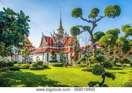 Wat Arun Or Temple Of Dawn Is A Beautiful Buddhist Temple And Landmark Of Bangkok In Thailand