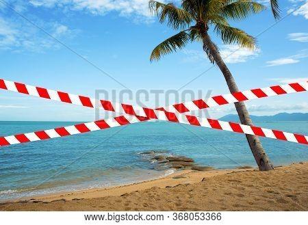 Beach Fencing Due To The Coronavirus Pandemic