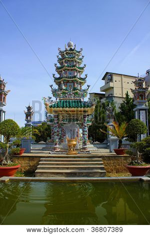 Truc Lam-Tempel