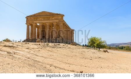 Ruins Of The Temple Of Concordia In The Valley Of The Temples In Agrigento, Sicily, Italy